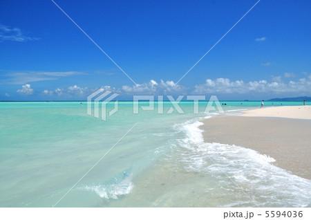 竹富島 コンドイビーチの風景   5594036