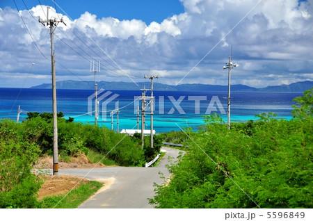 波照間島、海を高台からの風景 5596849