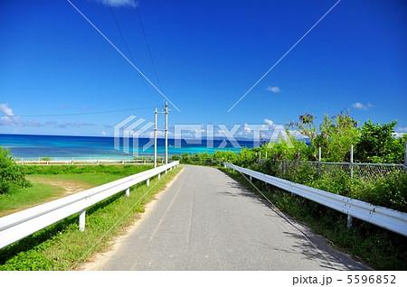 波照間島 コバルトブルーの海ニシハマ 5596852