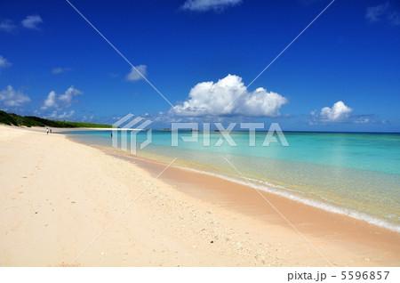 波照間島 コバルトブルーの海ニシハマ 5596857