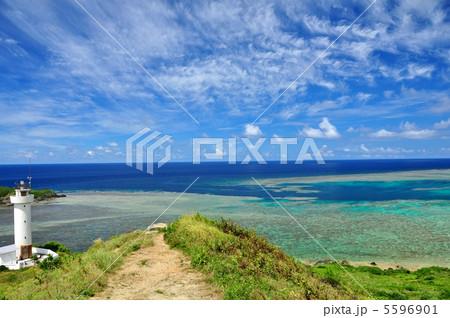 石垣島 平久保灯台からの景色  5596901