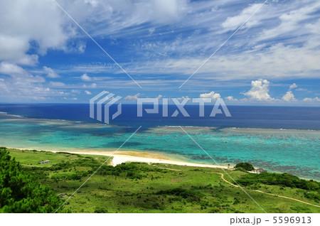 石垣島北部、高台からの風景 5596913