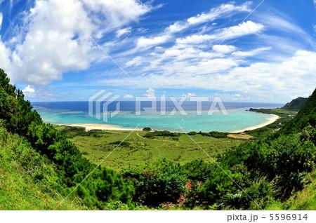 石垣島北部、高台からの風景 5596914