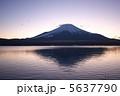 山中湖からの富士山20 5637790