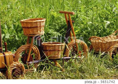 Basketry on natureの写真素材 [5651742] - PIXTA