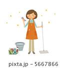 主婦 大掃除 女性のイラスト 5667866