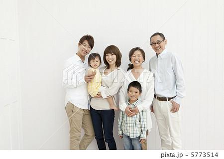 3世代家族 5773514