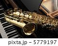 サックスとピアノ 5779197