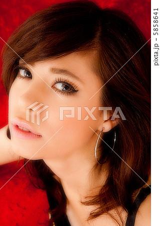 綺麗な女性 5858641