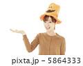 仮装 女性 女の子の写真 5864333