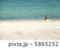 砂浜と海 5865252