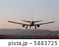 着陸 飛行機 航空機の写真 5883725