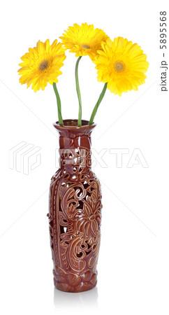 Gerbera in vaseの写真素材 [5895568] - PIXTA