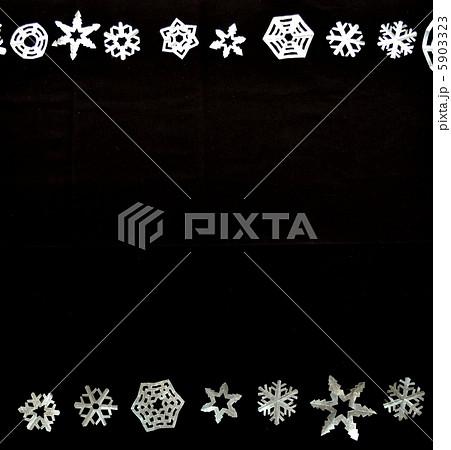 雪の結晶 切り絵のフレーム 5903323