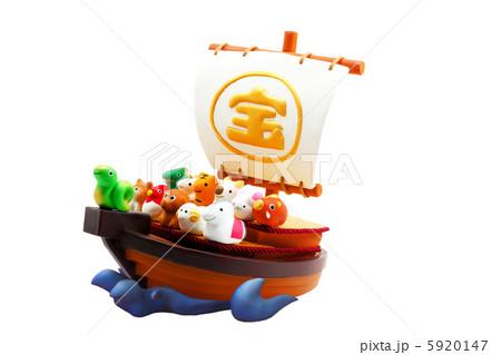 宝船と巳年の可愛い十二支の仲間たち 5920147