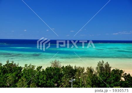 沖縄 石垣島 底地ビーチの風景写真 5930575