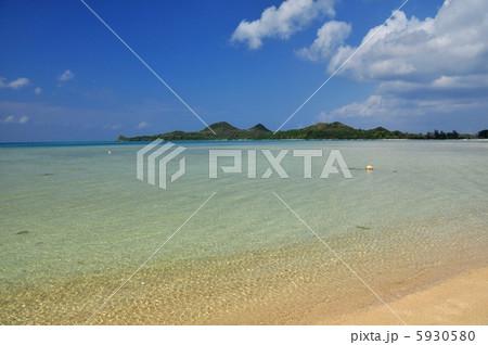 沖縄 石垣島 底地ビーチの風景写真 5930580