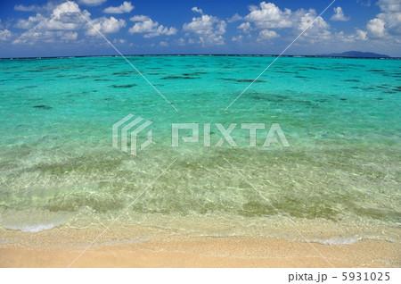 沖縄 石垣島のビーチ 風景写真 5931025