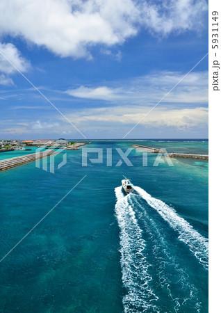 沖縄 石垣島 船の滑走路 5931149