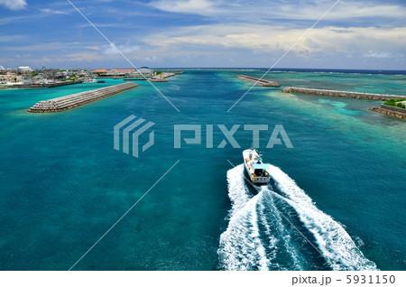 沖縄 石垣島 船の滑走路 5931150