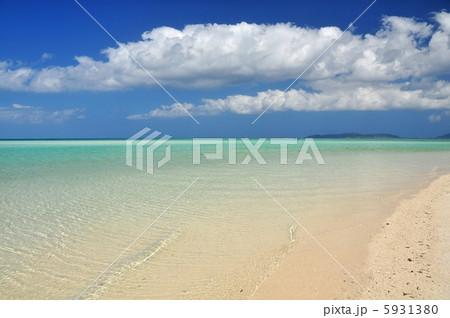 沖縄 竹富島 コンドイビーチの風景 5931380