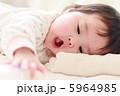 5か月の赤ちゃん 5964985