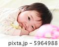 5か月の赤ちゃん4 5964988