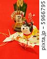 戌年 正月 狛犬の写真 5966795