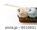 毛糸玉と編み棒 6010601