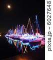 ライトアップ イルミネーション ヨットの写真 6027648