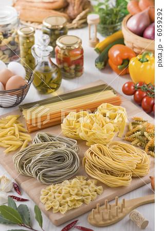 パスタと食品集合イメージ 6059292