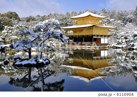 雪の金閣寺 6110908