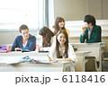 同級生 勉強 クラスメートの写真 6118416