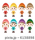 小人の衣装を着た女の子 8人 6138898