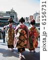 舞妓さん・京都の街をゆく 6156731