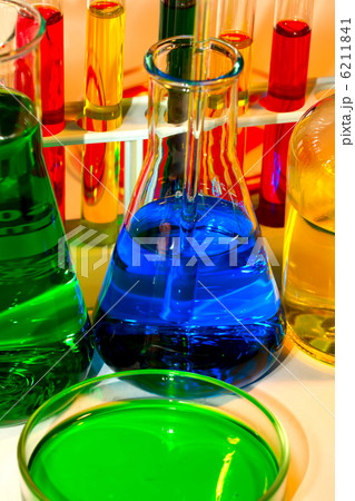 Chemistry Investigating Research Examining Testingの写真素材 [6211841] - PIXTA