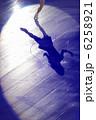 アイススケート シルエット 影の写真 6258921