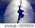 アイススケート シルエット 影の写真 6258926