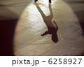 アイススケート シルエット 影の写真 6258927