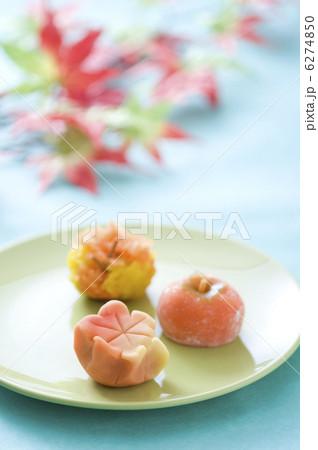 秋の和菓子 6274850