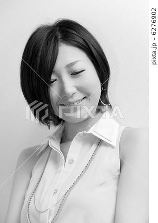 可憐な女性(モノクロ・美人・日本美人・和風) 6276902
