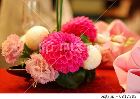 結婚式 披露宴のテーブルデコレーション フラワーアレンジメント 6317585