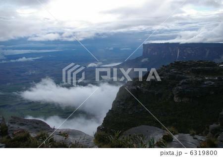 ギアナ高地のロライマ山 6319800