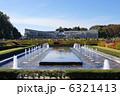 バラ園から見た大温室 神代植物公園  6321413