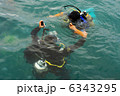 ダイバー ダイビング 潜りの写真 6343295