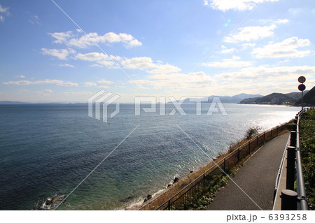 淡路島の海岸線 6393258