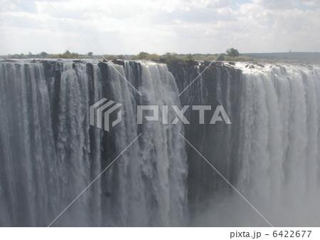 ビクトリアの滝 6422677