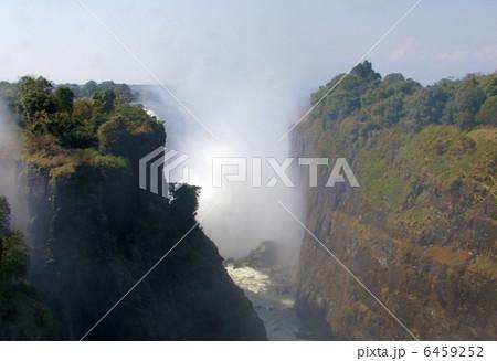 ヴィクトリアの滝 6459252
