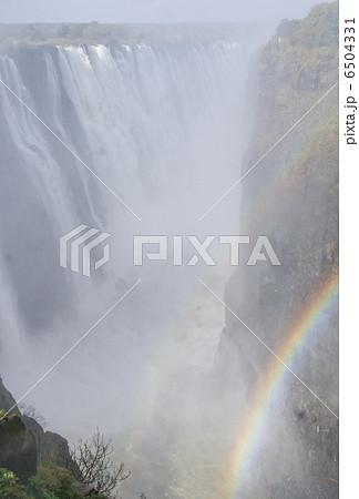 ヴィクトリアの滝 6504331
