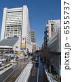 雪晴れの中野駅前 6555737